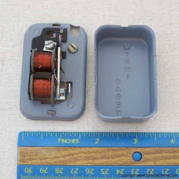 Miami Carey Door buzzer mechanism & Confused Buzzer | The Doorbell Museum